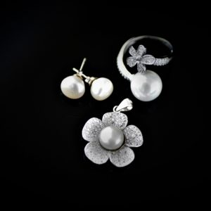 Annette pearl set zadara jewels