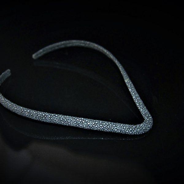 Stingray choker in black zadara jewels