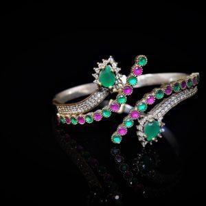 Jaipur cuff in Green and Red zadara jewels