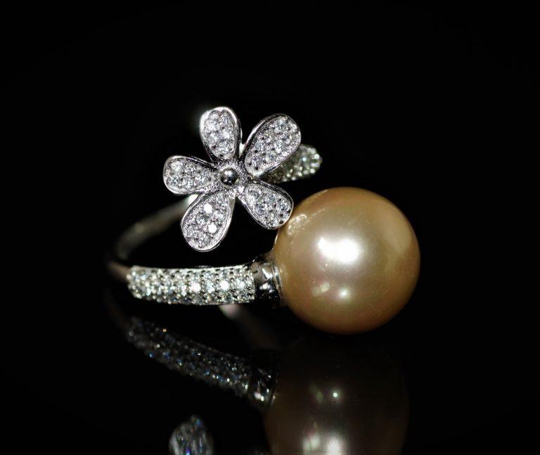 Annette mustard pearl ring zadara jewels
