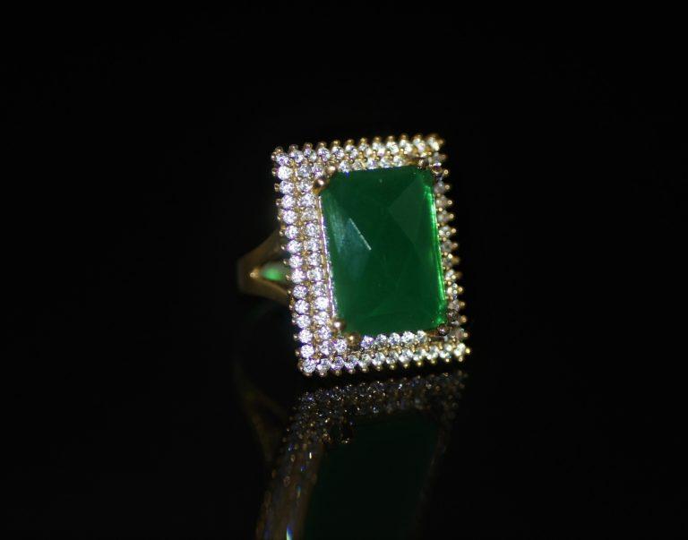 Green-onyx rectangular ring zadara jewels