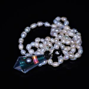 Crystal-glass-pearl-necklace zadara jewels